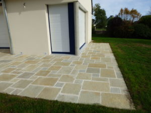 Terrasse-dallage-Kotha-Brun-300x225